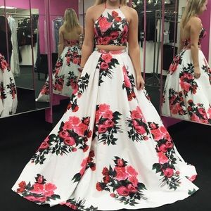 JVN66058 Two-Piece Floral Ball Gown Sz 4 NWT